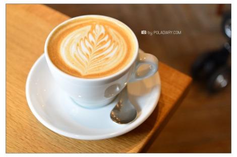 Kamome Book & Ondo Gallery & Weekenders Coffee All right @Kagurazaka
